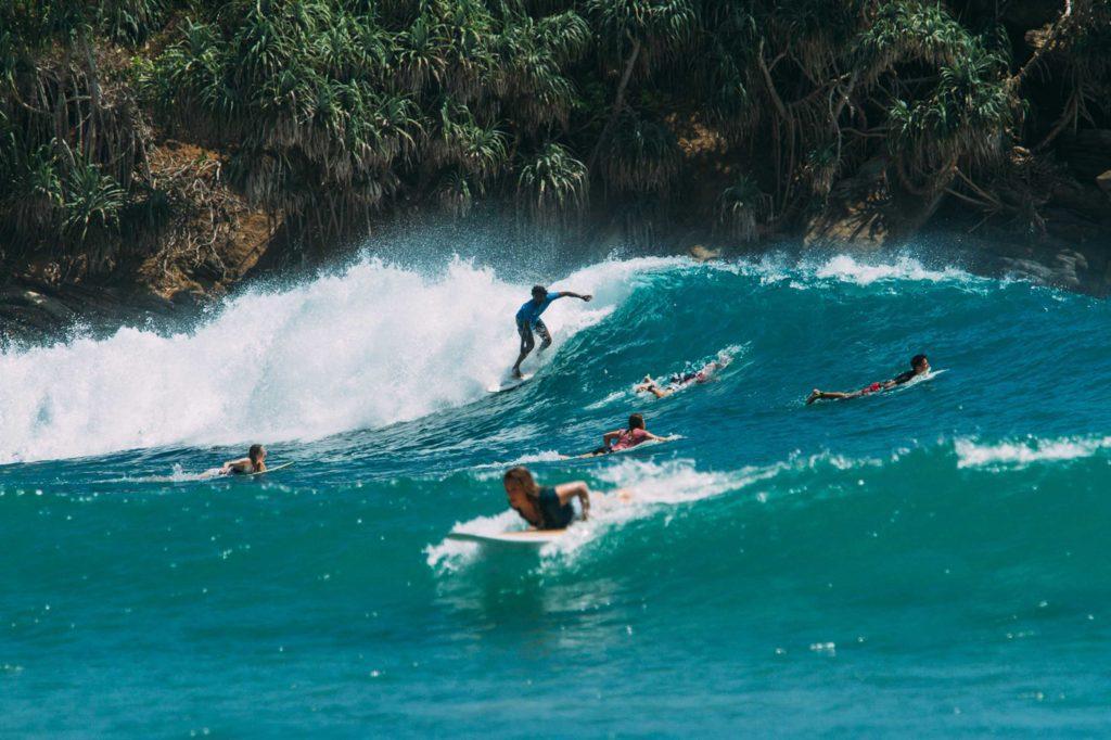 Global Surf-26