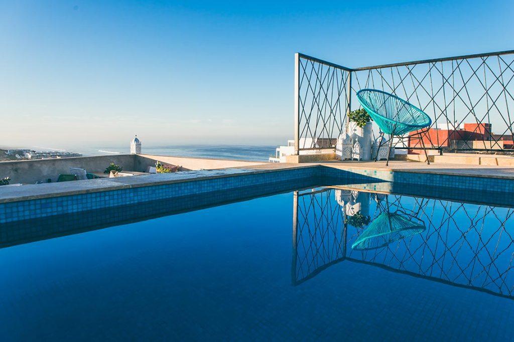 הבריכה הסקסית במלון היוגה במרוקו