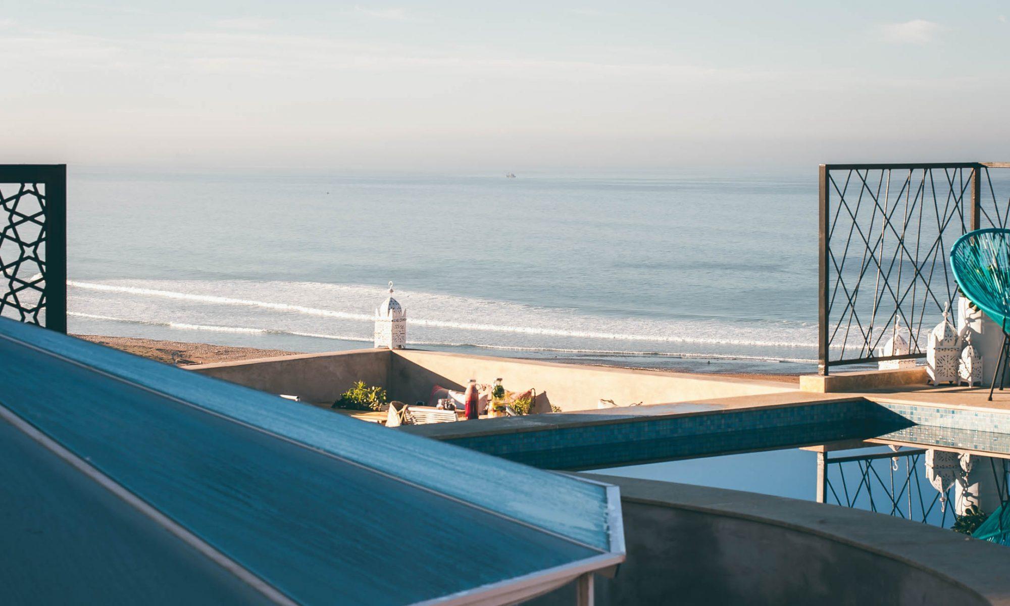 הנוף מגג המלון